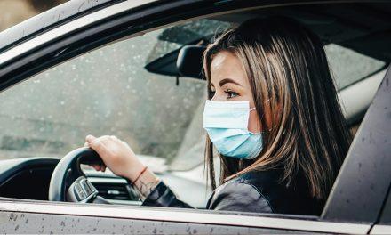 Wird das Tragen einer Maske beim Autofahren zur Pflicht?