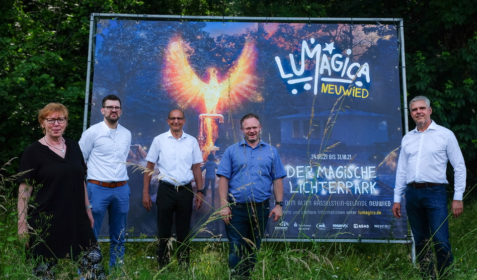 Ehemaliges Rasselstein-Areal in Neuwied verwandelt sich in magischen Lichterpark